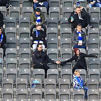 17.10.2020, OLympiastadion, Berlin, GER, DFL, 1.FBL, Hertha BSC VS. VfB Stuttgart, <br /> DFL  regulations prohibit any use of photographs as image sequences and/or quasi-video<br /> im Bild Hertha-BSC-Fans, <br /> <br />       <br /> Foto © nordphoto / Engler