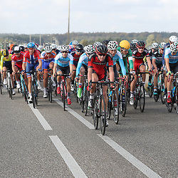 30-09-2016: Wielrennen: Olympia Tour: Zutphen<br />ZUTPHEN (NED) wielrennen  <br />Pascal Eenkhoorn doet zijn werk voor leider Sivakov