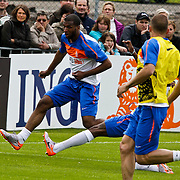 AUS/Seefeld/20100530 - Training NL Elftal WK 2010, Ryan Babel in duel