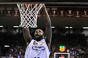 DESCRIZIONE : Treviso Lega due 2015-16  Universo Treviso De Longhi - Aurora Basket Jesi<br /> GIOCATORE : marshawn powell<br /> CATEGORIA : Schiacciata<br /> SQUADRA : Universo Treviso De Longhi - Aurora Basket Jesi<br /> EVENTO : Campionato Lega A 2015-2016 <br /> GARA : Universo Treviso De Longhi - Aurora Basket Jesi<br /> DATA : 31/10/2015<br /> SPORT : Pallacanestro <br /> AUTORE : Agenzia Ciamillo-Castoria/M.Gregolin<br /> Galleria : Lega Basket A 2015-2016  <br /> Fotonotizia :  Treviso Lega due 2015-16  Universo Treviso De Longhi - Aurora Basket Jesi