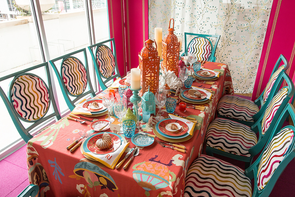 Table design by John Rufenacht for Dining by Design event 2013 to benefit DIFFA KC. <br /> <br /> DIFFA KC supports the prevention of HIV and AIDS by funding education and awareness programs in Greater Kansas City. We seek to arrest the spread of HIV in our community.
