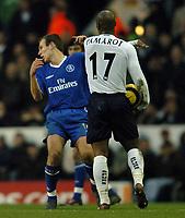 Fotball<br /> England 2004/22005<br /> Foto: SBI/Digitalsport<br /> NORWAY ONLY<br /> <br /> Date: 15/01/2005<br /> Tottenham Hotspur v Chelsea<br /> Barclays Premiership.<br /> <br /> Noe Pamarot of Spurs pushes Chelsea's Arjen Robben after a foul.
