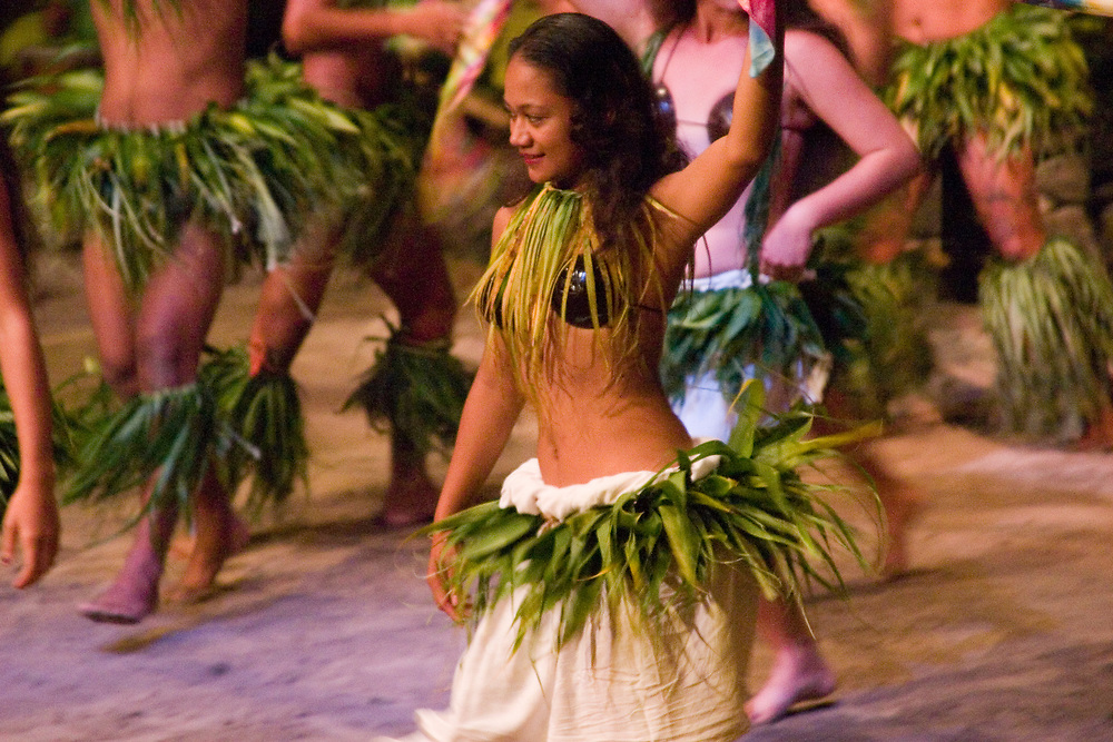 Men and women native dancers, Tahiti, Society Islands