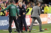 Fotball<br /> EM-kvalifisering / UEFA European qualification<br /> 02.09.2011<br /> Norge v Island / Norway v Iceland<br /> Foto: Morten Olsen, Digitalsport<br /> <br /> Egil Olsen - NOR<br /> Bjørn Helge Riise - NOR (R)
