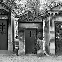 Père Lachaise Graves in Paris, France