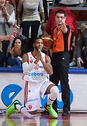 DESCRIZIONE : Varese Lega A 2013-14 Cimberio Varese Acqua Vitasnella Cantu<br /> GIOCATORE : Adrian Banks<br /> CATEGORIA : delusione<br /> SQUADRA : Cimberio Varese<br /> EVENTO : Campionato Lega A 2013-2014<br /> GARA : Cimberio Varese Acqua Vitasnella Cantu<br /> DATA : 15/12/2013<br /> SPORT : Pallacanestro <br /> AUTORE : Agenzia Ciamillo-Castoria/R.Morgano<br /> Galleria : Lega Basket A 2013-2014  <br /> Fotonotizia : Varese Lega A 2013-14 Cimberio Varese Acqua Vitasnella Cantu<br /> Predefinita :