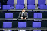 11 FEB 2021, BERLIN/GERMANY:<br /> Heiko Maas, MdB, SPD, Bundesaussenminister, mit Maske und Smartphone, vor Beginn der Regierungserklaerung der Bundeskanzlerin zur Bewaeltigung der Corvid-19-Pandemie, Plenum, Reichstagsgebaeude, Deutscher Bundestag<br /> IMAGE: 20210211-01-001<br /> KEYWORDS: Corona, Mundschutz