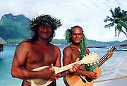 Singers, Bora Bora