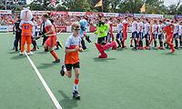 AMSTELVEEN -   met Fan of the Match,  voor  de wedstrijd om de 3e plaats ,   Nederland-Groot Brittannie (5-3),  bij  de Pro League Grand Final hockeywedstrijd heren. COPYRIGHT KOEN SUYK