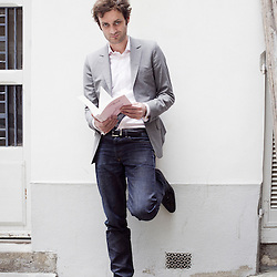 Augustin Trapenard, the archetype of a young parisian intellectual? Shot in front of his house in Paris, France. 7 May 2010. Photo: Antoine Doyen for Metropolitan (Eurostar).