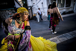 June 4, 2017 - SâO Paulo, São paulo, Brazil - Gypsies dance on Avenida Paulista on a sunny Sunday afternoon. (Credit Image: © Cris Faga via ZUMA Wire)