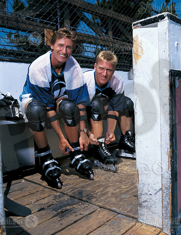 Wayne Gretzky Playing Roller Hockey Photographer Shelly Castellano Scpix
