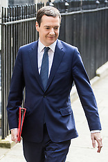 2016-07-13 Osbourne leaves 11 Downing Street on possible last day as Chancellor