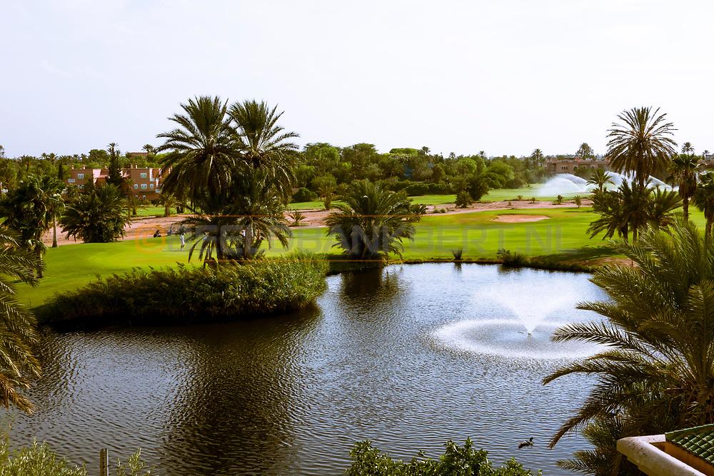 07-10-2015 -  Foto van Uitzicht over de golfbaan bij PalmGolf Marrakech Palmeraie in Marrakech, Marokko. PalmGolf Marrakech Palmeraie was het eerste golfresort in Marokko. De 27-holes golfbaan  werd ontworpen door Robert Trent Jones Sr en valt onder het management van Troon Golf.