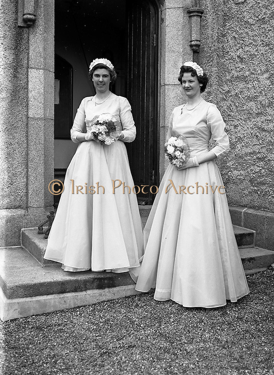 30/03/1957<br /> 03/30/1957<br /> 30 March 1957<br /> Wedding of Lee - Hill at Finglas Parish Church (Church of Ireland) and the Spa Hotel, Lucan, Dublin. Bridesmaids outside church.