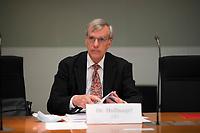 DEU, Deutschland, Germany, Berlin, 28.10.2020: Deutscher Bundestag, Sitzung Finanzausschuss, Dr. Bruno Hollnagel, MdB, Alternative für Deutschland (AfD).