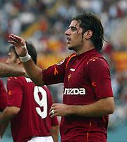 Roma 31/10/2004 CAMPIONATO ITALIANO SERIE A <br /> <br /> Roma Cagliari 5-1<br /> <br /> Simone Perrotta celebrates goal of 3-1 for AS Roma <br /> <br /> Simone Perrotta festeggia il gol del 3-1 per la Roma<br /> <br /> Foto Andrea Staccioli Graffiti