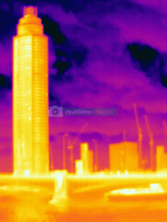 April 24, 2017 - Thermal photograph of skyscraper and Lambeth Bridge, London, UK (Credit Image: © Image Source via ZUMA Press)