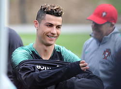 March 20, 2018 - Na - Oeiras, 03/20/2018 - The National Team AA trained this morning with a view to preparing for the 2018 World Cup in the City of Soccer in Oeiras. Cristiano Ronaldo  (Credit Image: © Atlantico Press via ZUMA Wire)