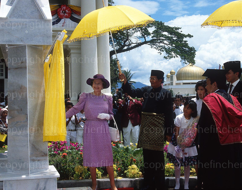 HM Queen Elizabeth seen during a visit to Kuala Kansar, Malaysia in October 1979. Photograph by Terry Fincher