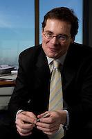 10 JAN 2005, BERLIN/GERMANY:<br /> Roger Koeppel, Chefredakteur der Tageszeitung Die Welt, waehrend einem Interview, in seinem Buero, Axel-Springer-Haus<br /> IMAGE: 20050110-02-007<br /> KEYWORDS: Roger Köppel