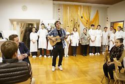 """22.11.2016, Landwirtschaftliche Fachschule Haidegg, Graz, AUT, Robin Resch, The Voice of Germany, im Bild der 22jährige Steirer Robin Resch anl. einer Benefizveranstaltung """"Gutes tun aus gutem Grund"""". Robin Resch hat es bis ins Finale der Castingshow """"The Voice of Germany"""" geschafft // Austrian singer Robin Resch, finalist in the German Casting Show """"The Voice of Germany"""", is seen playing during a charity at the Highschool for Agricultur Haidegg, Graz, Austria on 2016/11/22, EXPA Pictures © 2016, PhotoCredit: EXPA/ Erwin Scheriau"""