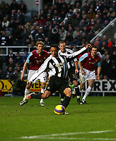 Photo: Andrew Unwin.<br /> Newcastle United v West Ham United. The Barclays Premiership. 20/01/2007.<br /> Newcastle's Nolberto Solano equalises from the penalty spot.