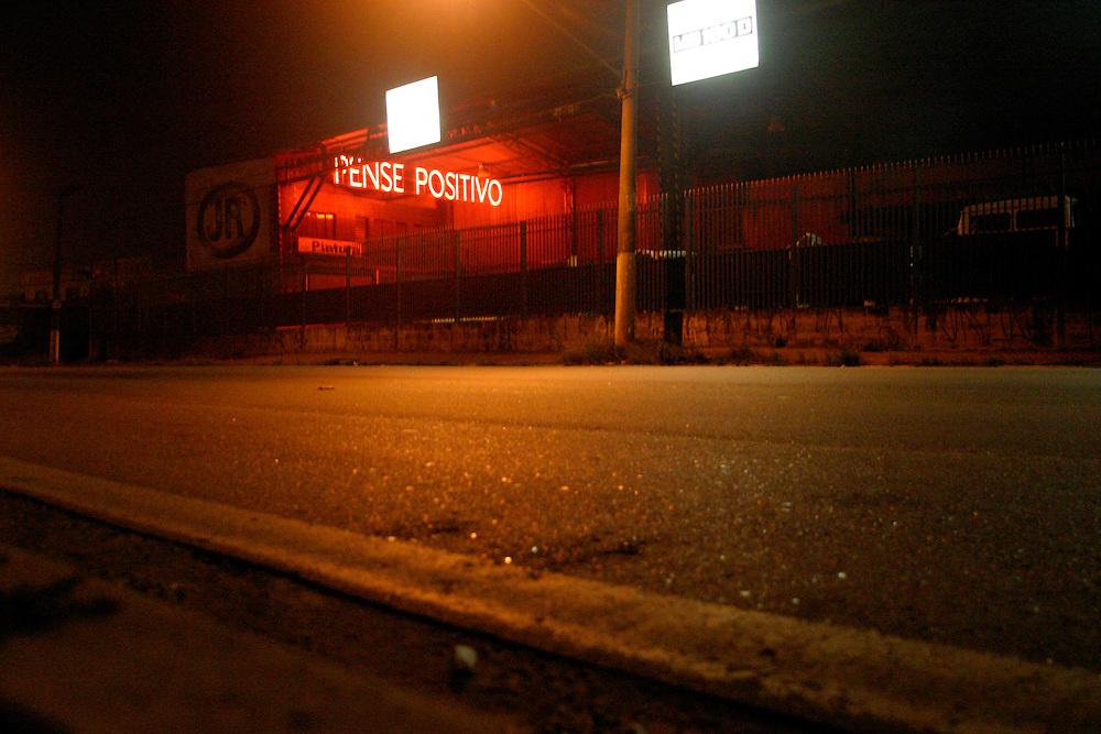 Sao Paulo_SP, Brasil...Letreiro luminoso em Sao Paulo...Illuminated sign in Sao Paulo...Foto: LEO DRUMOND / NITRO