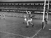 Neg no:.A786/43507-04366...17081958AISFCSF..17.08.1958...All Ireland Senior Football Championship - Semi-Final..Dublin.02-07.Galway.01-09...