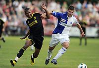 Fotball<br /> Grasshopper v Liverpool<br /> 21.07.2010<br /> Foto: EQ Images/Digitalsport<br /> NORWAY ONLY<br /> <br /> Liverpools David Ngong gegen Josip Colina