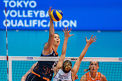 04-08-2019 ITA: FIVB Tokyo Volleyball Qualification 2019 / Netherlands, - Italy Catania<br /> last match pool F in hall Pala Catania between Netherlands - Italy for the Olympic ticket / Robin de Kruijf #5 of Netherlands, Lucia Bosetti #16 of Italy