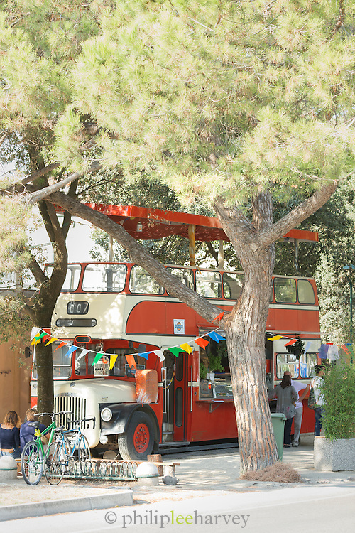 Double Decker Bus Cafe on Lungomare G. Marconi, Lido, Venice, Italy, Europe