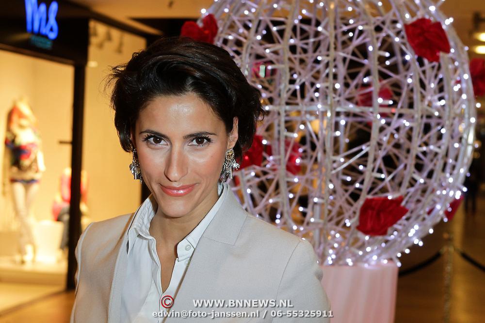 NLD/Amstelveen/20120216 - Presentatie Charityarmband Rode Kruis, Kristina Bozilovic