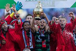 22-04-2018 NED: Bekerfinale AZ Alkmaar - Feyenoord, Rotterdam<br /> Feyenoord wint met 3-0 de bekerfinale van AZ / Feyenoord krijgt de beker uit handen van John de Wolf, Karim El Ahmadi #8 of Feyenoord, Sven van Beek #3 of Feyenoord
