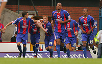 Fotball<br /> Foto: SBI/Digitalsport<br /> NORWAY ONLY<br /> <br /> Crystal Palace v Luton Town<br /> <br /> The Coca-Cola Football League Championship. Selhurst Park.<br /> 06/08/05<br /> <br /> Crystal Palace's Mark Hudson and Ben Watson congratulate Andrew Johnson's  equaliser against Luton.