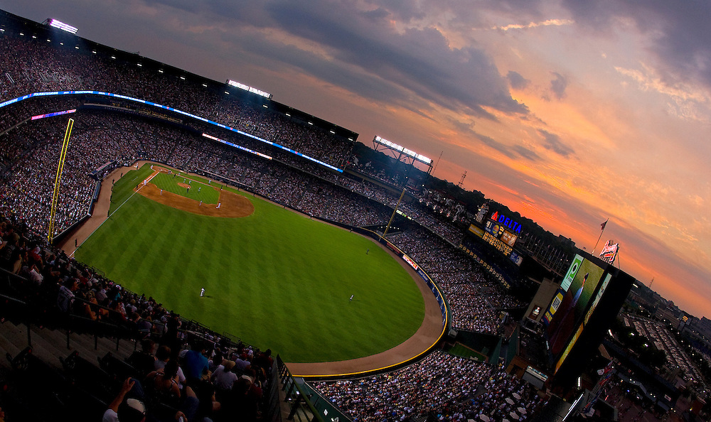 ATLANTA - JUNE 25:  Panoramic shot during sunset of Turner Field during the game between the Atlanta Braves and the New York Yankees on June 25, 2009 in Atlanta, Georgia.  The Yankees beat the Braves 11-7.  (Photo by Mike Zarrilli/Getty Images)