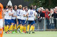 GROENEKAN -  Voordaan spelers  vieren een doelpunt  tijdens de Hockey hoofdklasse competitiewedstrijd tussen de mannen van Voordaan en Oranje Zwart (3-4). COPYRIGHT KOEN SUYK