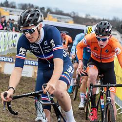 20190201: UCI CX Worlds : Dübendorf: Antoine Benoist and Ryan Kamp chasing the leader
