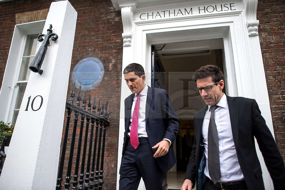 © Licensed to London News Pictures. 03/02/2016. London, UK. President and CEO, International Rescue Committee DAVID MILIBAND (Centre) leaves Chatham House in London after speaking about the current refugee crisis, five years on from the beginning of the Syria conflict.  Photo credit: Ben Cawthra/LNP