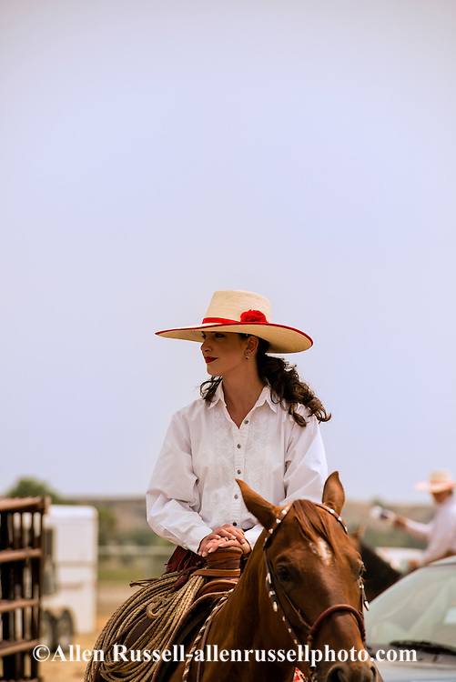 Will James Roundup, Ranch Rodeo, Hardin, Montana, cowgirl