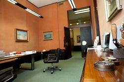 Lecce 24 aprile 2013.Sede Banca Popolare Pugliese in Via XXV Luglio, Lecce..La Banca è localizzata nell centro di Lecce, angolo con Piazza Sant'Oronzo e il Castello di Carlo V
