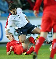 Fotball<br /> Privatlandskamp<br /> Norge v Wales 0-0<br /> Ullevaal Stadion<br /> 27.05.2004<br /> Foto: Morten Olsen, Digitalsport<br /> <br /> Martin Andresen - Blackburn / Stabæk<br /> Paul Parry - Cardiff
