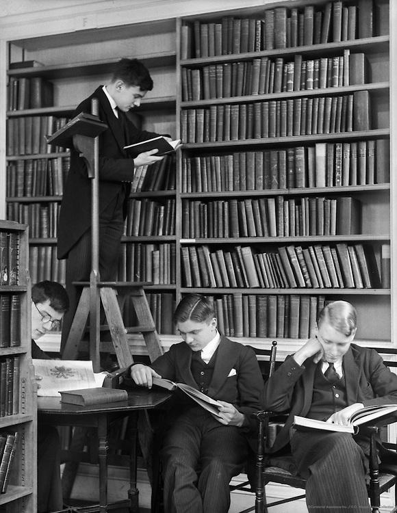 Westminster School, London, 1932