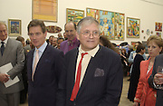 Antony Andrews and David Hockney. The Queen's celebration of the Arts. Royal Academy. 16 May 2002. © Copyright Photograph by Dafydd Jones 66 Stockwell Park Rd. London SW9 0DA Tel 020 7733 0108 www.dafjones.com