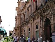Noto il famoso paese tutelato dall'Unesco per l'architettura barocca..La via principale di Noto..Noto, the famous village protected from Unesco for his baroque architecture..The main street of noto