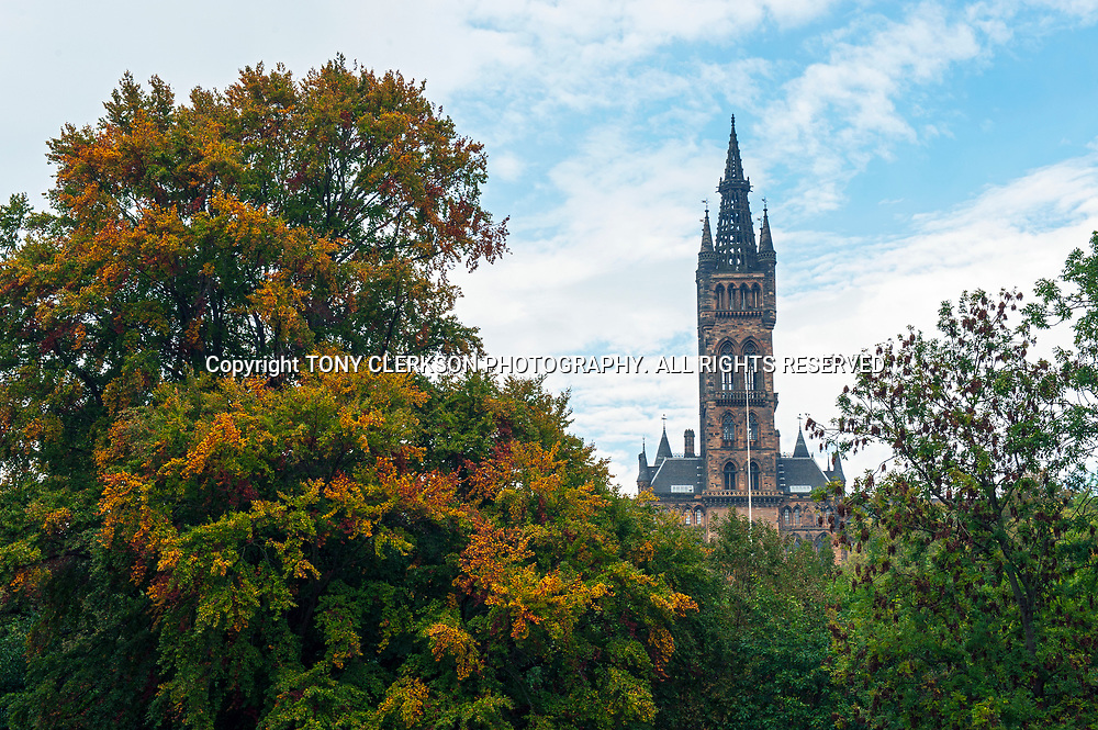 Glasgow University amidst vibrant autumn colours