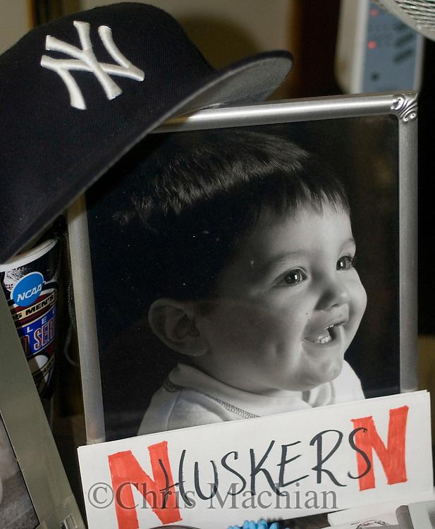 8/20/07 Lincoln, NE .The son of New York Yankee rookie pitcher Joba Chamberlain, Karter Chamberlain...The photo is in the house of Joba's father, Harlan...(Chris Machian/Prairie Pixel Group)