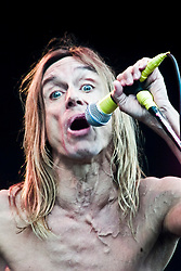 Iggy Pop on the main stage at T in the Park, 9th July 2000..Pic ©2010 Michael Schofield. All Rights Reserved.