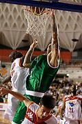 DESCRIZIONE : Roma Lega A 2012-13 Acea Virtus Roma Montepaschi Siena<br /> GIOCATORE : Mario Kasun<br /> CATEGORIA : tiro schiacciata<br /> SQUADRA : Montepaschi Siena<br /> EVENTO : Campionato Lega A 2012-2013 <br /> GARA : Acea Virtus Roma Montepaschi Siena<br /> DATA : 12/11/2012<br /> SPORT : Pallacanestro <br /> AUTORE : Agenzia Ciamillo-Castoria/ElioCastoria<br /> Galleria : Lega Basket A 2012-2013  <br /> Fotonotizia : Roma Lega A 2012-13 Acea Virtus Roma Montepaschi Siena<br /> Predefinita :