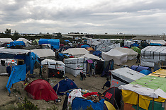 "France: ""Jungle"" refugee camp on the outskirts of the French city of Calais, 17 Oct. 2016"